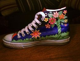 painted shoes - the last side by amythystelle