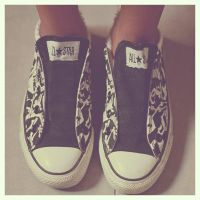 converse by vixeyy