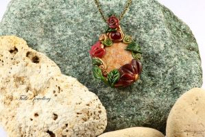 Floating Lotus Necklace presentation by Tuile-jewellery