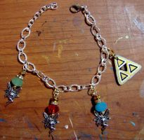 LoZ Triforce Bracelet by Ethenae