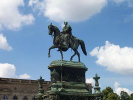 Dresden Statue by MethostheAnubis