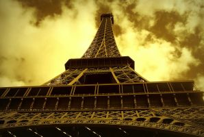 The Eiffel Tower by DanielTreep96