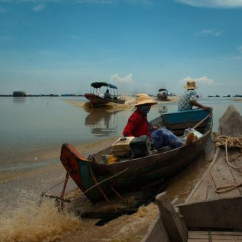 Kompong Khleang by Z-a-r-t