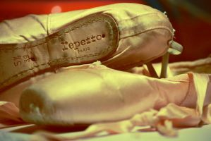 Repetto by MoonlessNightGirl