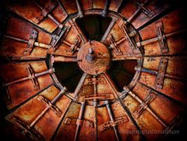 rusty roulette by wroquephotography