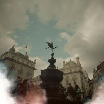 8. Piccadilly Circus by motagirl2