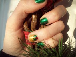 Christmas Holly Nails by ffishy21