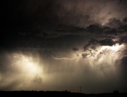 Thunder Struck II by thephotogenesis