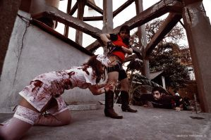 Claire Redfield and Zombies III by Gakosplay