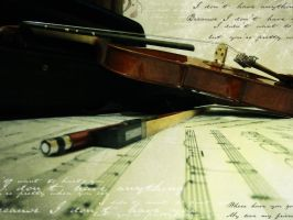 Violin by LitaOliveira