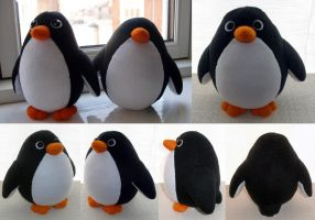 Penguin Plush by demiveemon