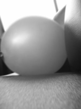Balloon in Black and White in High Radial Blur by Enelyx7