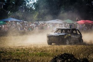 Crazy Race - Mazda 323 by compaan-art