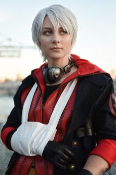 Devil May Cry 4 - Nero by Lokeva