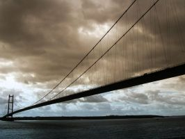 Humber Bridge by mikbal