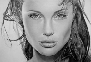Angelina Jolie by thanhphucluong