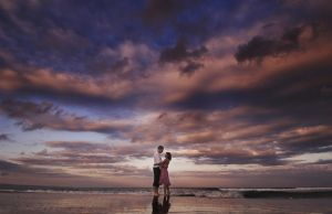 kuta beach 6 in the morning by jaysu