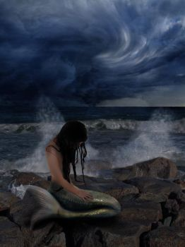 Sadness of the Seas by lynsea