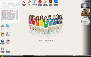 Girls Generation Rainbow desk by yummiedesire