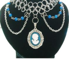 Chainmaille Cameo by HoneyCatJewelry