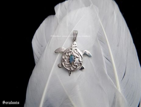 'Silver turtle', handmade sterling silver pendant by seralune