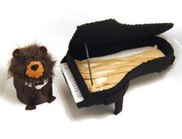 Bear Pianist and grand piano by The-House-of-Mouse