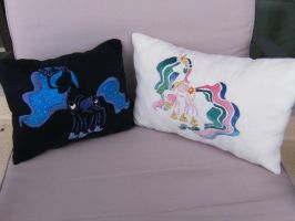Luna and Celestia throw Pillows by nizati
