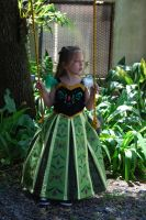 Frozen Anna coronation dress for toddler by melinaminotti