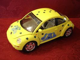 Blue's Clues Beetle by Takhii