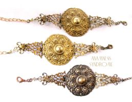 Steampunk and victorian metallic bracelet by Verope