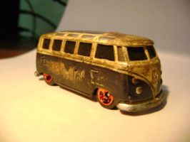Rusty VW Microbus by prorider