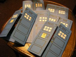 TARDIS Invitations by eilonwyersatz