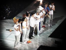 Super Show 2: So near... by tabeck
