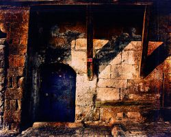 old door by mkorayt