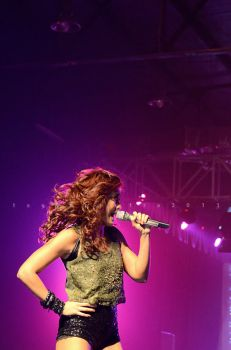 Agnes Monica 04 by iknowuneedme