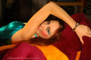 Hourglass Glam On A Dinosaur by LuminonPhotography