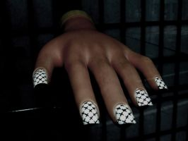 Pretty Claws by panthera-lee