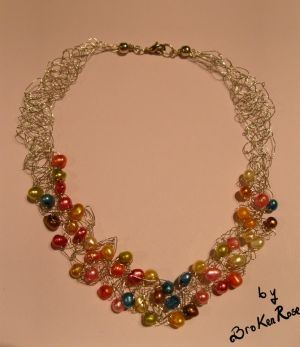colored wire crochet necklace