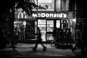 Mc Donald's by pigarot