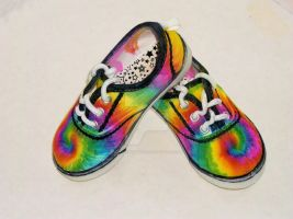 Sharpie Tie Dye Shoes by ScarlettRoyale