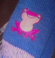 Frog Princess Scarf by themagpiesnest