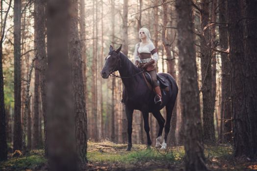 Ciri Cosplay by VerraLeto
