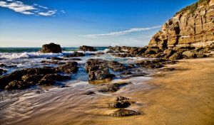 Caves Beach by cazzaritch