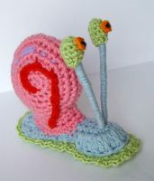 crochet Gary the Snail by meekssandygirl