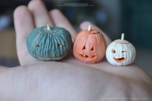 jack o'lantern sizes 1:12 scale by TheMiniatureBazaar