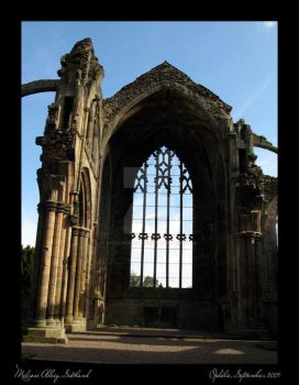 Melrose Abbey by opheliedanslalune