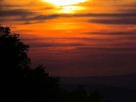 Sunset at Shenandoah by RealityIntolerant