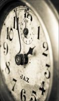 Old Clock by jancphotography