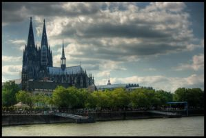 Cologne Cathedral by vesparia
