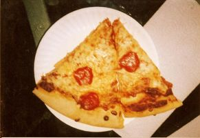 pizza by Memory-Loss